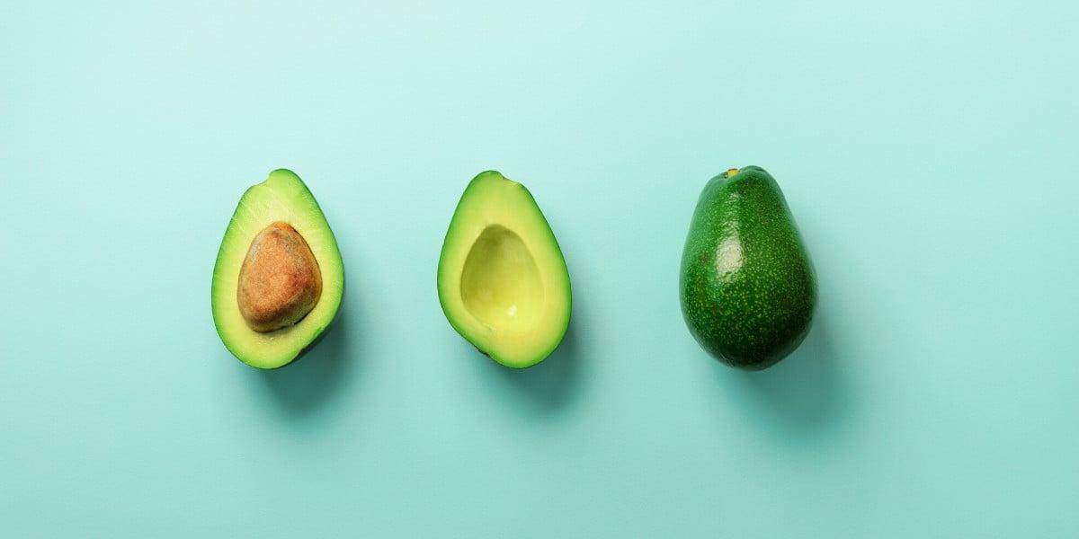 Avokado er en god kilde til fedt. Sund fedt er Trin 1 i keto madpyramiden.