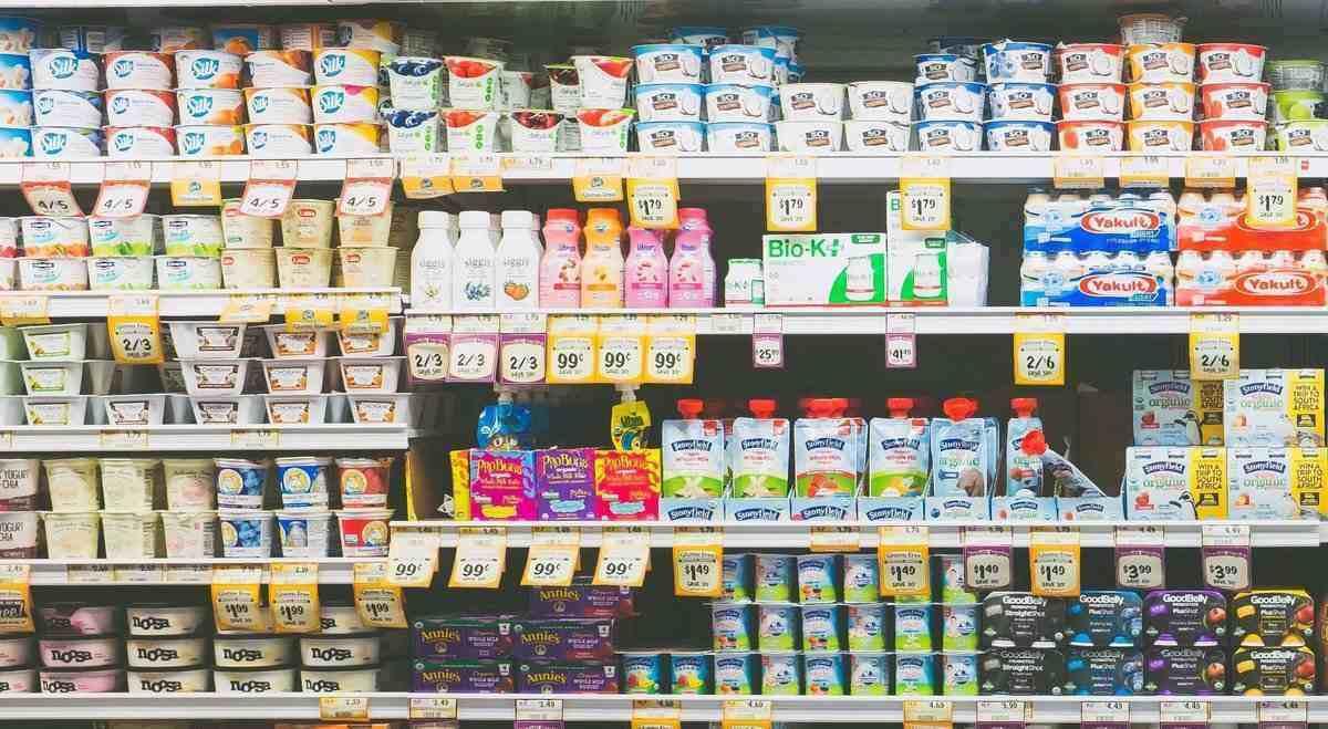Læs varedeklarationerne for at finde ud af, hvilke yoghurt med probiotika er gode